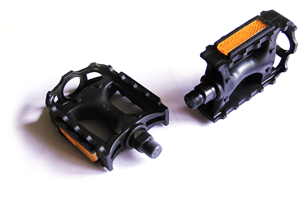 Pair of plastic Pedals black for Unicycle
